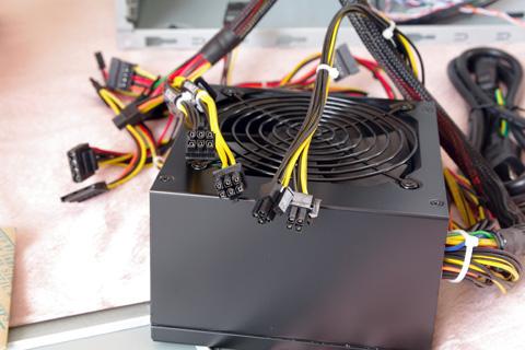KRPW-J500Wの電源コネクタ